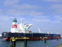 İran'dan petrol ithalatı üçe katlandı