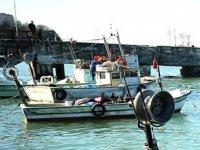 Akçakoca'da balıkçı teknelerinin bakımına başlandı