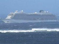 'Viking Sky' isimli gemi, Molde Limanı'na demirledi