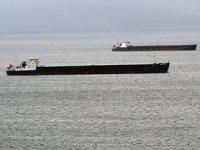 Gemiler, olumsuz hava nedeniyle Sinop Limanı'na demirledi
