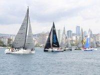 Kadıköy'de yelkenler bu kez 'Hayat' için açıldı
