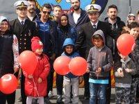 Deniz Kuvvetleri, 23 Nisan'da çocukları ağırladı