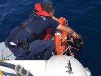 Ayvalık'ta göçmenleri taşıyan tekne battı: 9 ölü