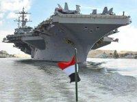 ABD uçak gemisi 'USS Abraham Lincoln', Süveyş Kanalı'ndan geçti