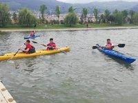 Gemlik'te denizcilik öğrencilerine kano eğitimi verildi