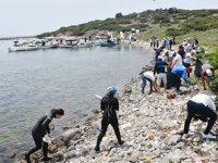 Tavşan Adası'nda kıyı ve su altı temizliği yapıldı