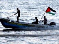 İsrail, Gazzeli balıkçıların avlanma mesafesini 15 mile çıkardı