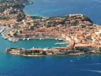 Elba Adası'nda yağmur yağarsa konaklama ücreti iade ediliyor