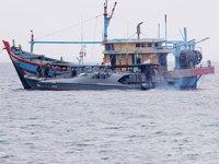 Endonezya, Filipinler'e ait 2 adet balıkçı teknesine el koyu