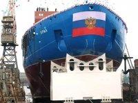 Rusya, Ural isimli nükleer buzkıran gemisini suya indirdi