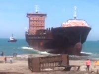 'Lider Perihan' isimli gemi, Zonguldak'ta denize indirildi