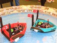 Öğrenciler, cep telefonu ile komuta edilebilen insansız gemi yaptı