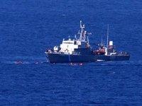 Ege Denizi'nde göçmenleri taşıyan bot battı: 6 ölü