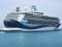 Kuşadası'na 4 kruvaziyer gemisi ile 4 bin 400 turist geldi