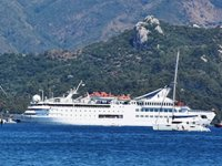Orient Queen isimli kruvaziyer gemisi, Marmaris'e geldi