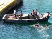 Çanakkale'de midyeciler kaçtı, Sahil Güvenlik kovaladı
