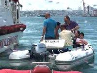 Haydarpaşa açıklarında tekne battı: 5 kişi kurtarıldı