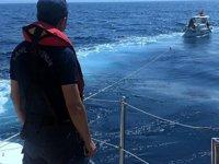 Bodrum'da tekneleri arızalanan 4 kişiyi Sahil Güvenlik kurtardı