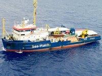 İtalya, Akdeniz'de kurtarılan düzensiz göçmenleri ülkeye almıyor