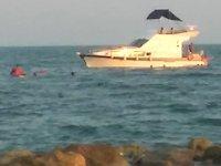 Mersin'de yat kayalıklara çarptı: 9 kişi kurtarıldı