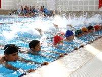 Denizli'de yüzme kurslarına 7 bin 500 kişi kayıt yaptırdı