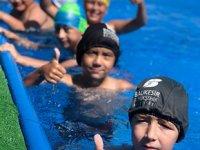 Balıkesir'de yüzme bilmeyen çocuk kalmayacak