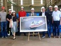 Tersan Tersanesi'nin inşa edeceği yeni balıkçı gemisinin çelik kesme töreni yapıldı