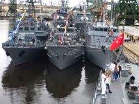 Varna Limanı'na demir atan savaş gemileri ziyarete açıldı