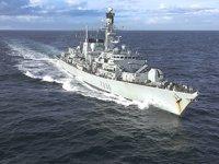 Hürmüz Boğazı'ndan geçen İngiliz bandıralı gemilere 'donanma' eşlik edecek