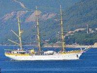 Mircea isimli Romanya askeri okul gemisi, Çanakkale Boğazı'ndan geçti