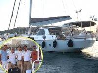 Mysland isimli tekne ile dünya turuna Çeşme'den başladılar