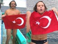 Emre Erdoğan, Tsugaru Boğazı'nı yüzerek geçti