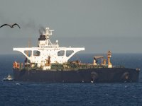 ABD, 'Adrian Darya-1' isimli İran tankerine yardım edenleri yaptırımla tehdit etti