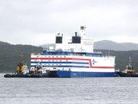 Yüzer Nükleer Santrali Akademik Lomonosov, Murmansk'tan Pevek'e doğru yola çıktı