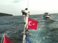 Arızalanan gezi teknesini DAK-SAR ekipleri kurtardı