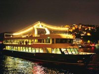 Gezinti gemilerinde borda fenerinin haricinde aydınlatma yapılması yasaklandı