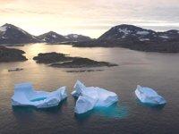 Grönland'da buzul koptu: 1 ölü, 2 kayıp...