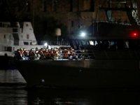 İtalyan Sahil Güvenlik ekipleri, Akdeniz'de 90 düzensiz göçmen kurtardı