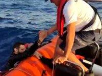 Bodrum'da bot battı: 15 göçmen kurtarıldı, bir bebek aranıyor...