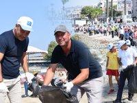 Uluslararası Kıyı Temizliği Kampanyası Kuşadası'nda yapıldı