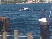 İstanbul Boğazı'nda kaçak midye avlayan tekne battı: 3 kişi kurtarıldı