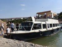 Takoran Vadisi'nde tekne turları yoğun ilgi görüyor