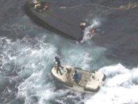 Japon devriye gemisiyle Kuzey Kore balıkçı teknesi çatıştı