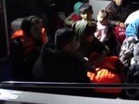 Ayvalık'ta 60 düzensiz göçmen ve 2 organizatör yakalandı