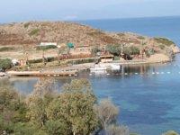 Bodrum'da antik limana inşa edilen iskele karara rağmen yıkılmıyor