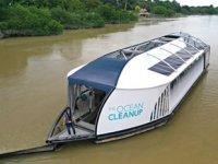 Boyan Slat, nehirlerdeki plastik atıkları toplayacak bir makine geliştirdi