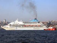 'Celestyal Crystal' yolcu gemisi, Sarayburnu Limanı'na demirledi