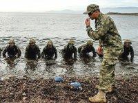 Amfibi piyadeler, karada ve suda düşmanın korkulu rüyası oldu