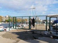Erdek Yat Limanı iskelesi giriş-çıkışa kapatıldı