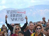 İztuzu kumsalına Deniz Kaplumbağası Bakım Merkezi yapılması planı protesto edildi